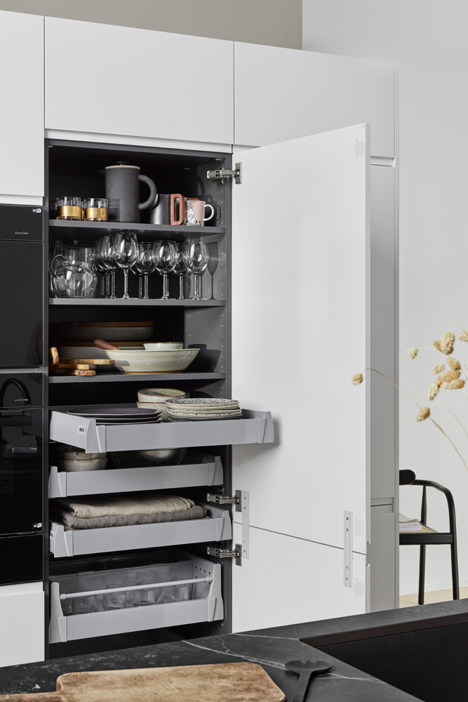 Integra Black  Chalk K01B integrated drawers in tall cabinet 00111 V2